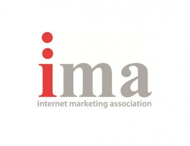 Mobile Roadie CEO presenting at the 2012 Internet Marketing Association Conference & Awards